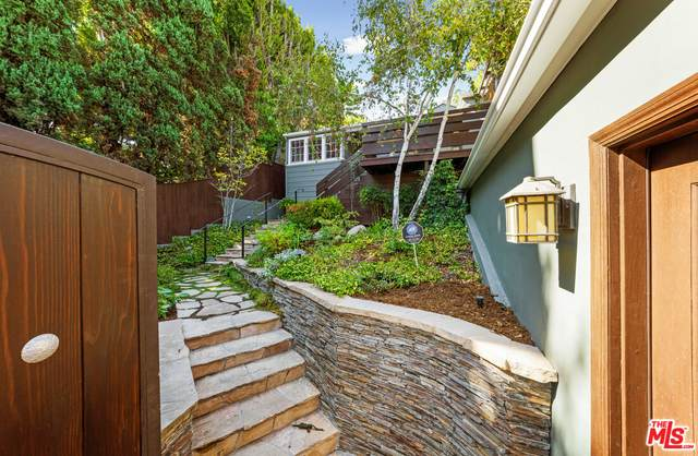 4221 Newdale Dr, Los Angeles, CA 90027 (#21-787094) :: Compass