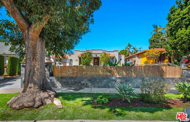 5415 Chesley Ave, Los Angeles, CA 90043 (#21-787172) :: The Pratt Group
