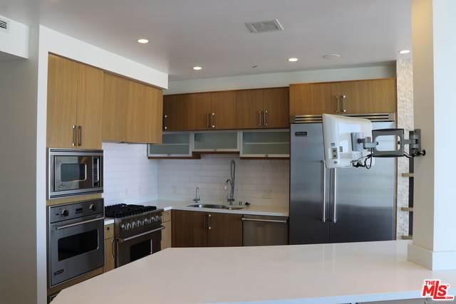 3785 Wilshire Blvd #2306, Los Angeles, CA 90010 (#21-787178) :: The Pratt Group