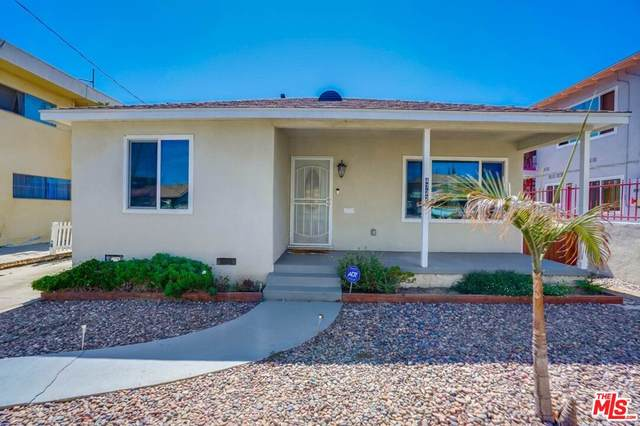 4722 W 118Th St, Hawthorne, CA 90250 (MLS #21-787552) :: The John Jay Group - Bennion Deville Homes