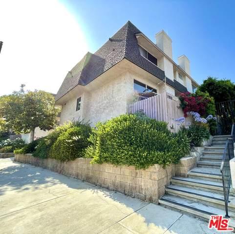 17931 Magnolia Blvd #24, Encino, CA 91316 (#21-788034) :: Berkshire Hathaway HomeServices California Properties