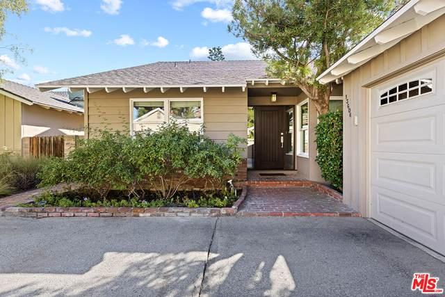 13606 Emelita St, Van Nuys, CA 91401 (MLS #21-788244) :: The John Jay Group - Bennion Deville Homes