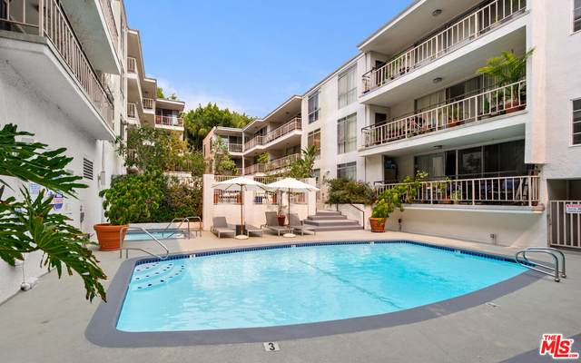 7270 Hillside Ave #302, Los Angeles, CA 90046 (#21-788288) :: Compass