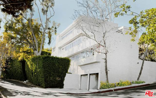 1237 Hilldale Ave, Los Angeles, CA 90069 (#21-789026) :: The Bobnes Group Real Estate