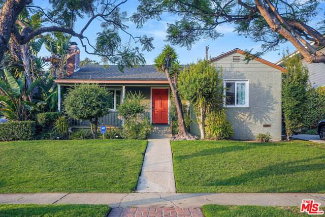 3175 Mountain View Ave, Los Angeles, CA 90066 (MLS #21-789080) :: The Sandi Phillips Team
