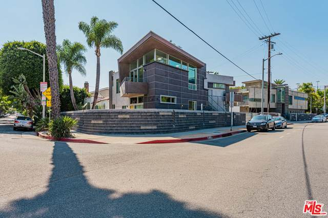 501 N San Vicente Blvd, West Hollywood, CA 90048 (#21-789366) :: The Bobnes Group Real Estate
