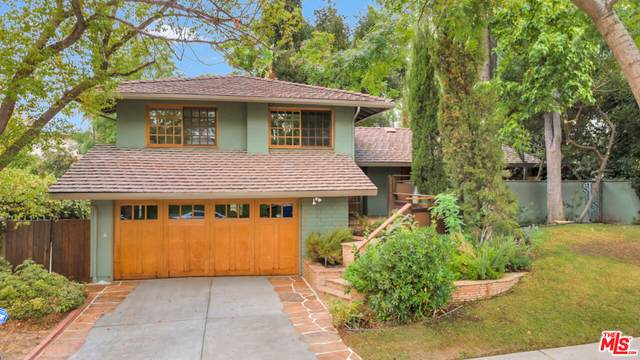 22625 Town Crier Rd, Calabasas, CA 91302 (#21-789600) :: The Bobnes Group Real Estate