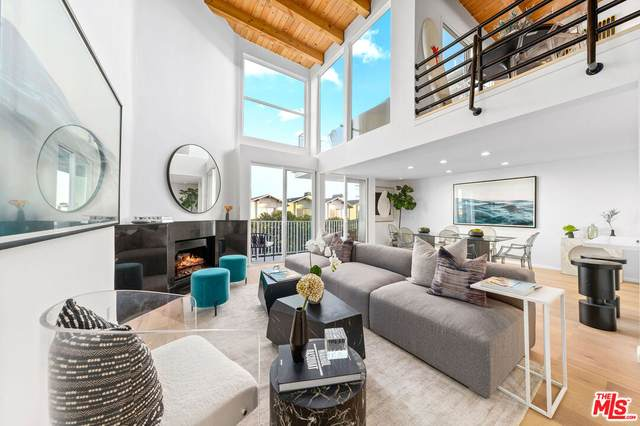 25 Northstar St #5, Marina Del Rey, CA 90292 (MLS #21-791390) :: The John Jay Group - Bennion Deville Homes