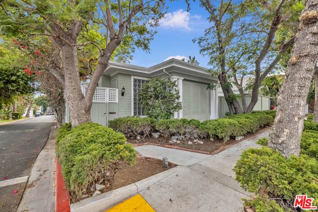 9024 Keith Ave, West Hollywood, CA 90069 (MLS #21-792122) :: The Jelmberg Team