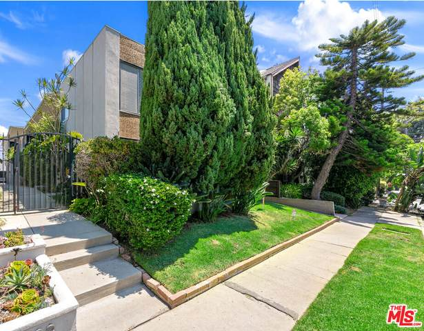 1288 Barry Ave, Los Angeles, CA 90025 (MLS #21-792398) :: The John Jay Group - Bennion Deville Homes