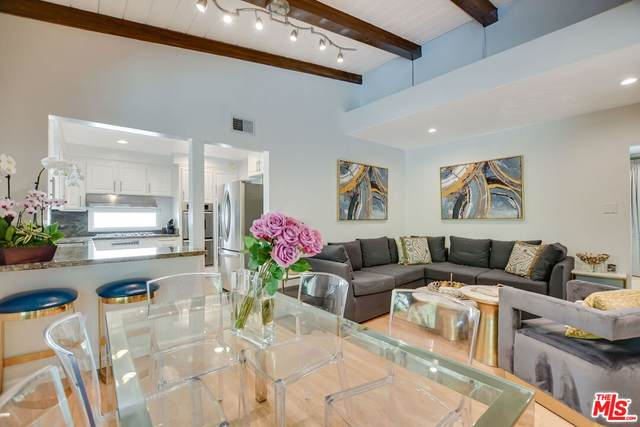 2327 Coldwater Canyon Dr, Beverly Hills, CA 90210 (#21-792536) :: The Bobnes Group Real Estate