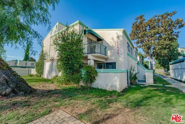 18508 Mayall St G, Northridge, CA 91324 (#21-792874) :: Berkshire Hathaway HomeServices California Properties