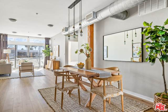 4215 Glencoe Ave #213, Marina Del Rey, CA 90292 (MLS #21-794002) :: The John Jay Group - Bennion Deville Homes