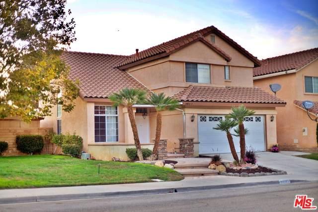 39927 Tesoro Ln, Palmdale, CA 93551 (#21-794052) :: The Bobnes Group Real Estate