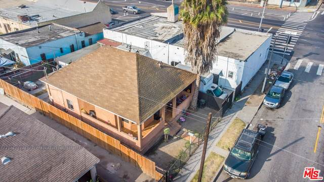 250 W 92Nd St, Los Angeles, CA 90003 (#21-794060) :: The Bobnes Group Real Estate