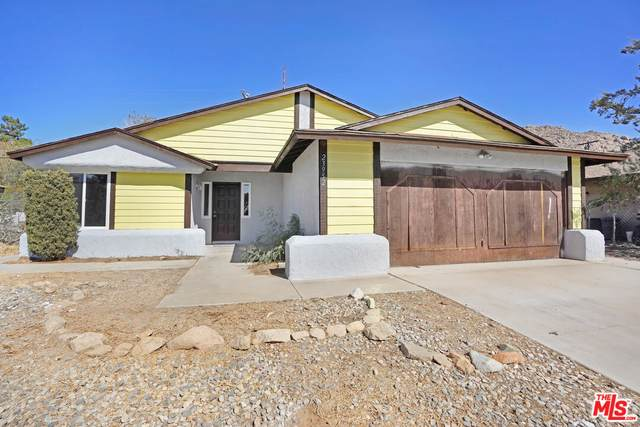23952 Tocaloma Rd, Apple Valley, CA 92307 (#21-794398) :: The Bobnes Group Real Estate