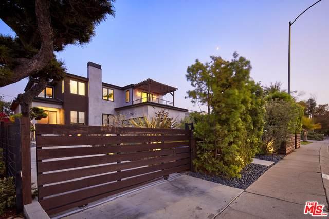 11900 Palms Blvd, Los Angeles, CA 90066 (#21-794630) :: The Pratt Group