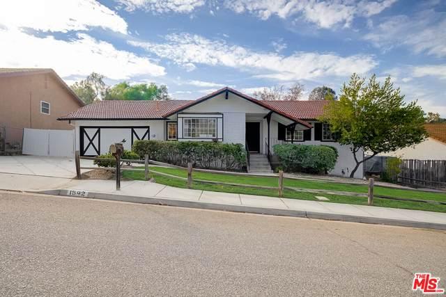 1542 Mellow Ln, Simi Valley, CA 93065 (#21-794774) :: The Pratt Group