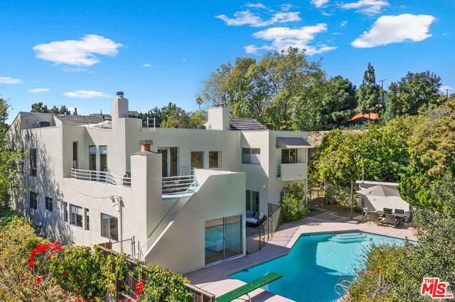 806 Teakwood Rd, Los Angeles, CA 90049 (MLS #21-794914) :: The John Jay Group - Bennion Deville Homes