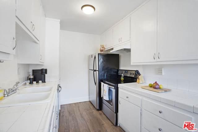 222 E Tamarack Ave #27, Inglewood, CA 90301 (MLS #21-795094) :: The John Jay Group - Bennion Deville Homes