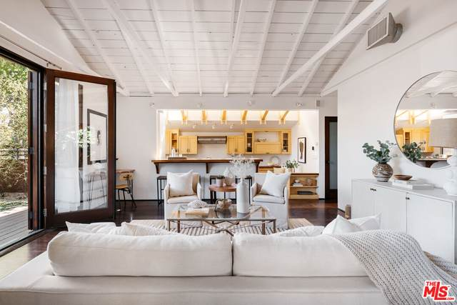 4101 Jackson Ave, Culver City, CA 90232 (#21-795198) :: Berkshire Hathaway HomeServices California Properties
