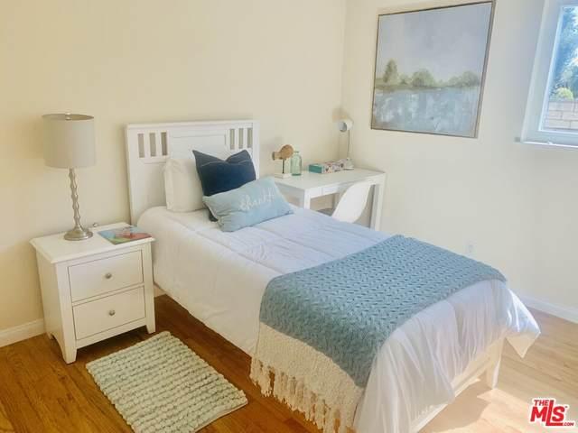 9501 Quartz Ave, Chatsworth, CA 91311 (#21-795536) :: The Bobnes Group Real Estate