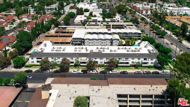 7220 Oso Ave, Winnetka, CA 91306 (#21-795738) :: The Bobnes Group Real Estate