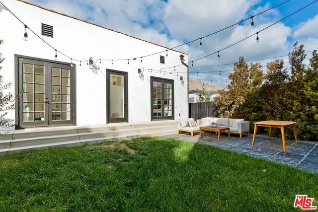 1876 W 38Th Pl, Los Angeles, CA 90062 (#21-795952) :: The Bobnes Group Real Estate