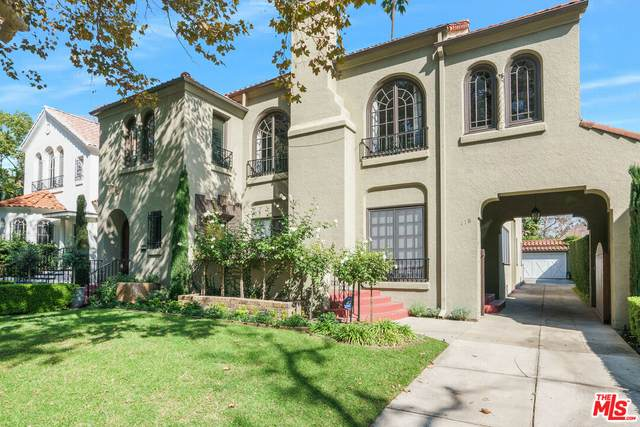 116 S Mansfield Ave, Los Angeles, CA 90036 (MLS #21-796150) :: The John Jay Group - Bennion Deville Homes