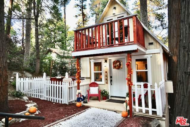 763 Woodland Rd, Crestline, CA 92325 (#21-796184) :: The Bobnes Group Real Estate