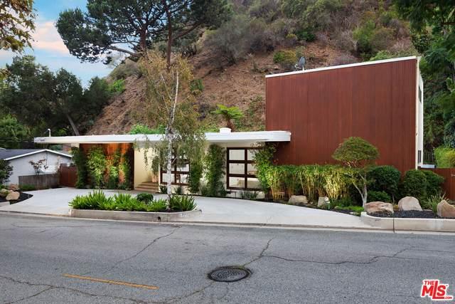 1355 N Bundy Dr, Los Angeles, CA 90049 (MLS #21-796514) :: The John Jay Group - Bennion Deville Homes