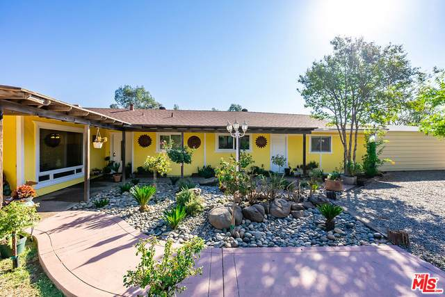 35555 Avenue 14, Madera, CA 93636 (#21-796532) :: The Bobnes Group Real Estate