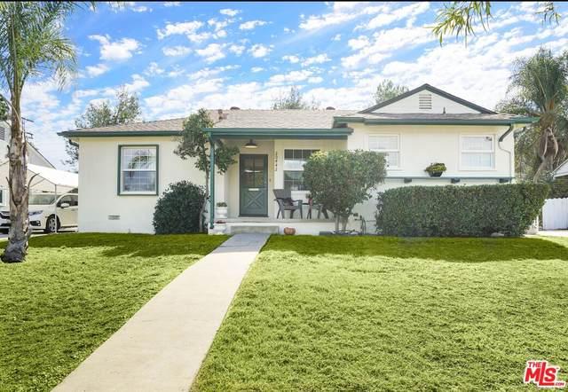 20442 Gilmore St, Winnetka, CA 91306 (#21-797962) :: Berkshire Hathaway HomeServices California Properties