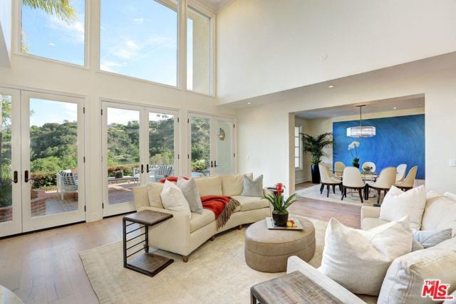 2171 Ridge Drive, Los Angeles (City), CA 90049 (#17242054) :: TBG Homes - Keller Williams