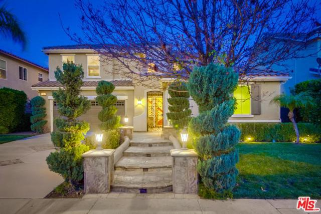 28612 Gabrial Place, Saugus, CA 91390 (#18308662) :: TruLine Realty