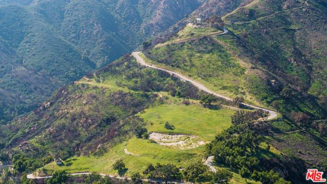 667 E Mountain Drive, Montecito, CA 93108 (#19419074) :: Golden Palm Properties