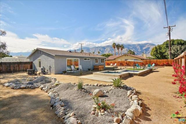 2144 E Rogers Road, Palm Springs, CA 92262 (#19423596PS) :: Fred Howard Real Estate Team