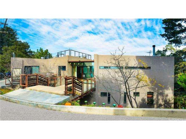8896 Lookout Mountain Avenue, Hollywood Hills, CA 90046 (#SR19011360) :: The Agency