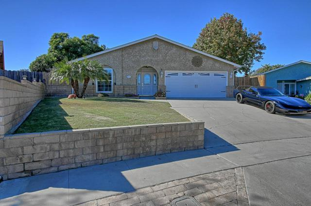 1939 Bluejay Avenue, Ventura, CA 93003 (#219000550) :: Desti & Michele of RE/MAX Gold Coast