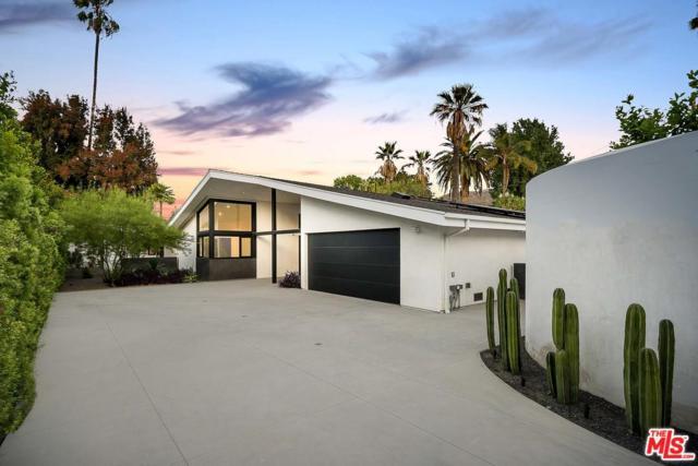 4358 N Clybourn Avenue, Toluca Lake, CA 91505 (#19424134) :: Lydia Gable Realty Group