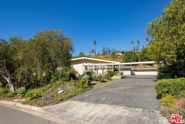1077 N Hillcrest Road, Beverly Hills, CA 90210 (#19425092) :: The Fineman Suarez Team