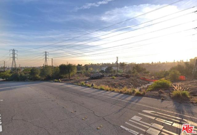 2810 Eaton Canyon Drive, Pasadena, CA 91107 (#19425018) :: The Parsons Team