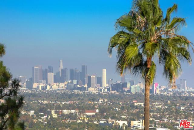 9050 St Ives Drive, Los Angeles (City), CA 90069 (#19425948) :: Fred Howard Real Estate Team