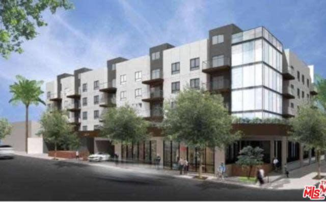 1717 Crenshaw Boulevard, Los Angeles (City), CA 90019 (#19426144) :: Fred Howard Real Estate Team
