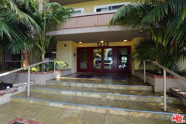 1262 S Barrington Avenue #202, Los Angeles (City), CA 90025 (#19429464) :: Matthew Chavez