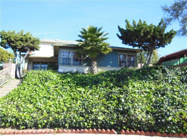 11520 Spinning Avenue, Hawthorne, CA 90250 (#SR19031817) :: Fred Howard Real Estate Team