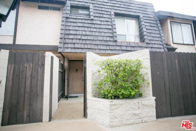 5463 Newcastle Avenue #3, Encino, CA 91316 (#19434214) :: Golden Palm Properties