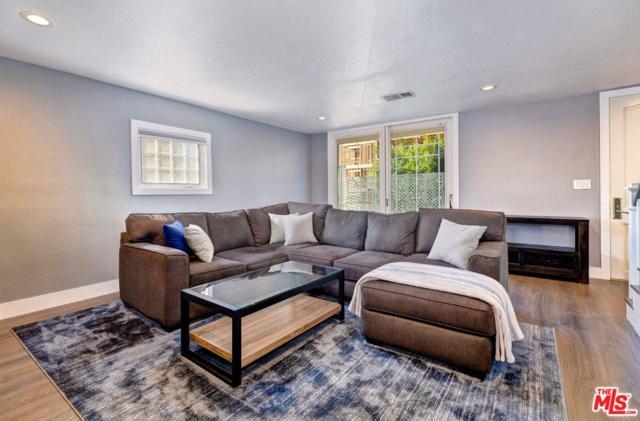 11836 Mayfield Avenue #1, Los Angeles (City), CA 90049 (#19431418) :: PLG Estates