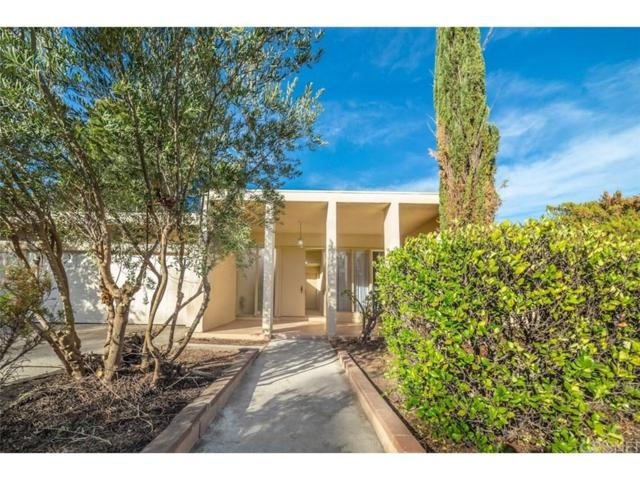 24545 Kittridge Street, West Hills, CA 91307 (#SR19029823) :: Paris and Connor MacIvor