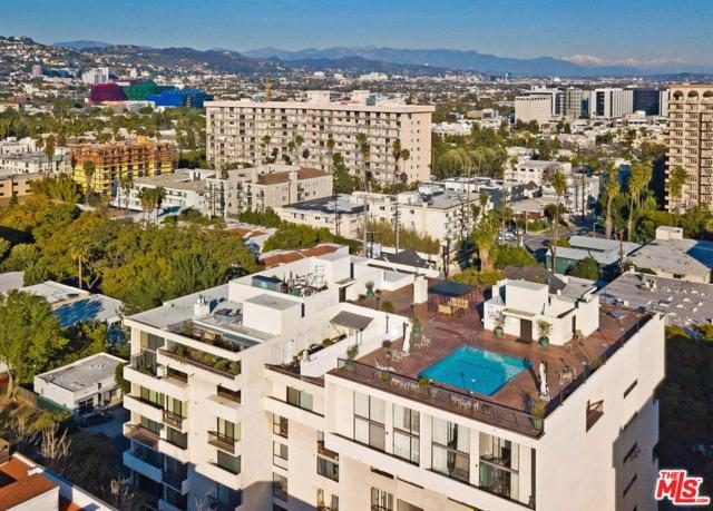 325 N Oakhurst Drive #604, Beverly Hills, CA 90210 (#19433440) :: The Fineman Suarez Team